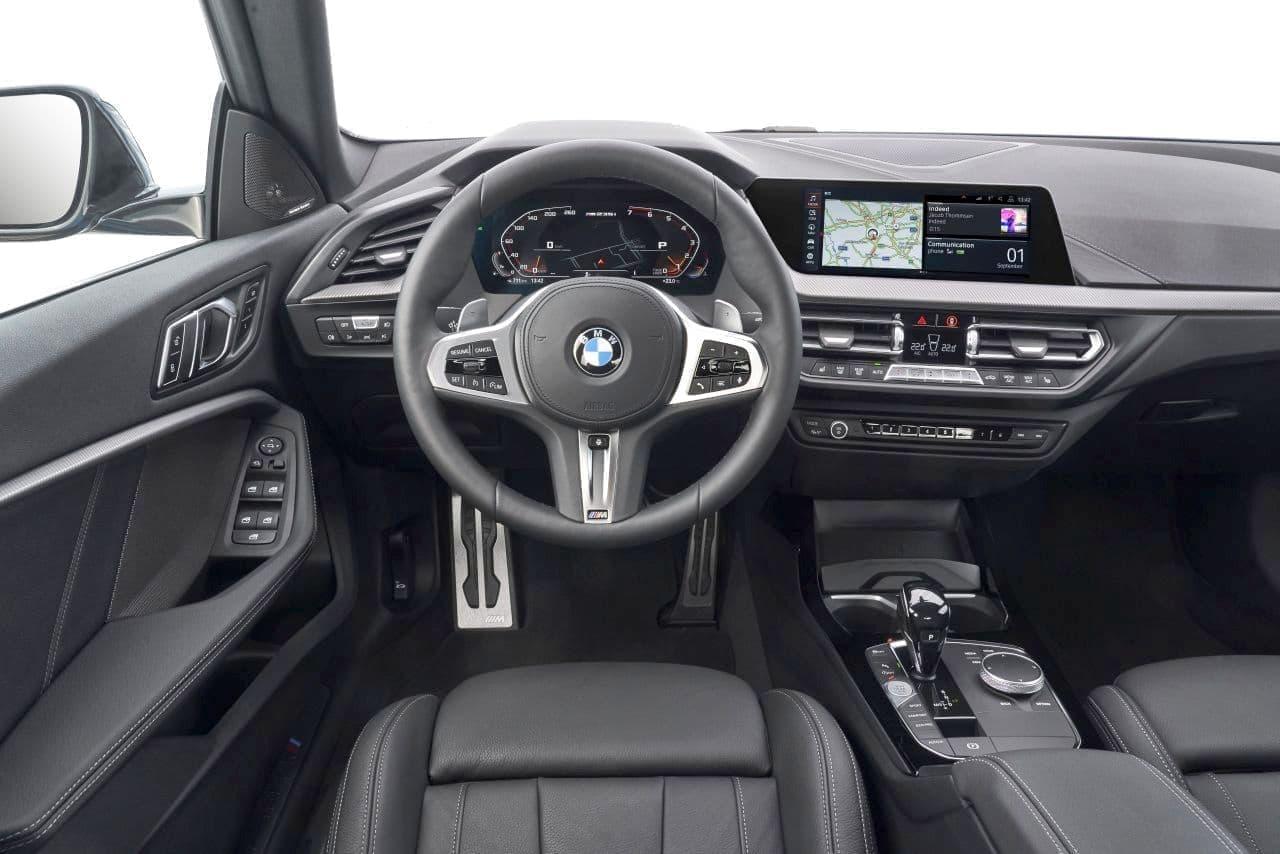 BMWが2シリーズ「グランクーペ」を公開
