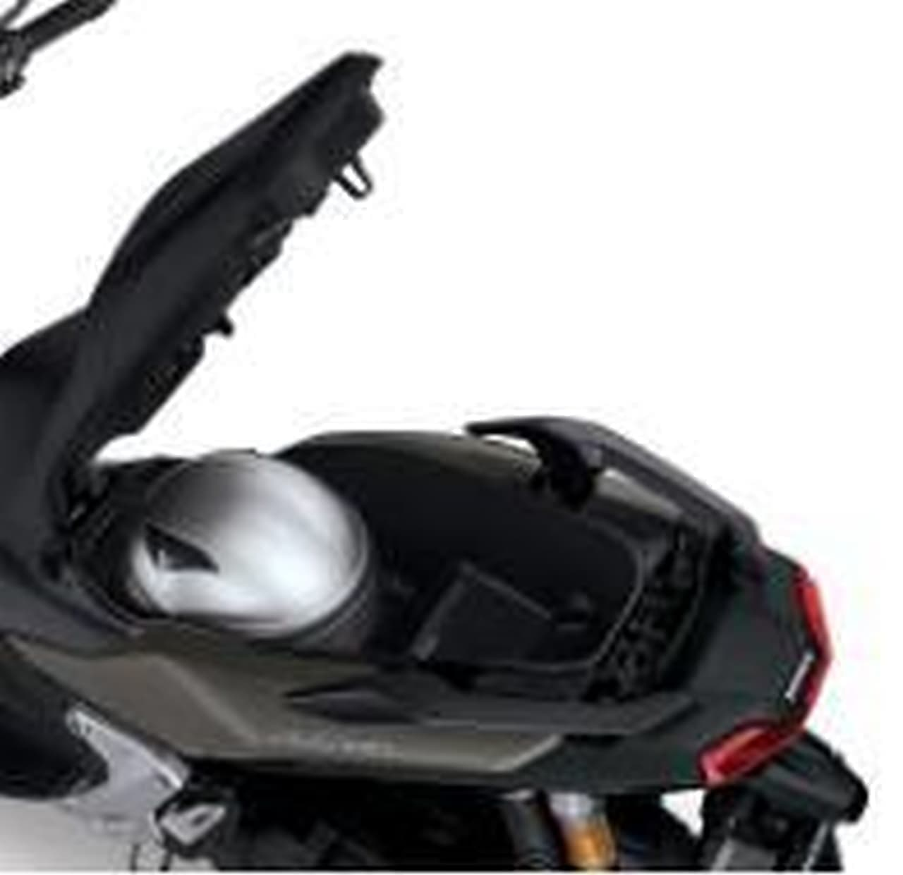 未来的で男らしいスクーター ホンダ「ADV150 ABS」