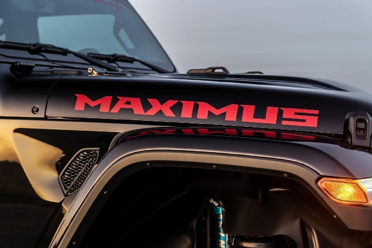 スーパーチャージャー付き6.2L V8エンジンを搭載し