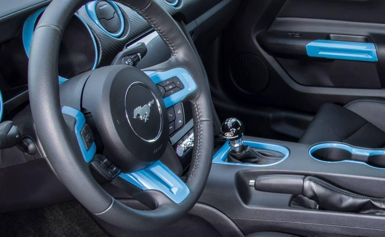 900馬力!そして6速MTを装備した電気自動車フォード「マスタング リチウム」