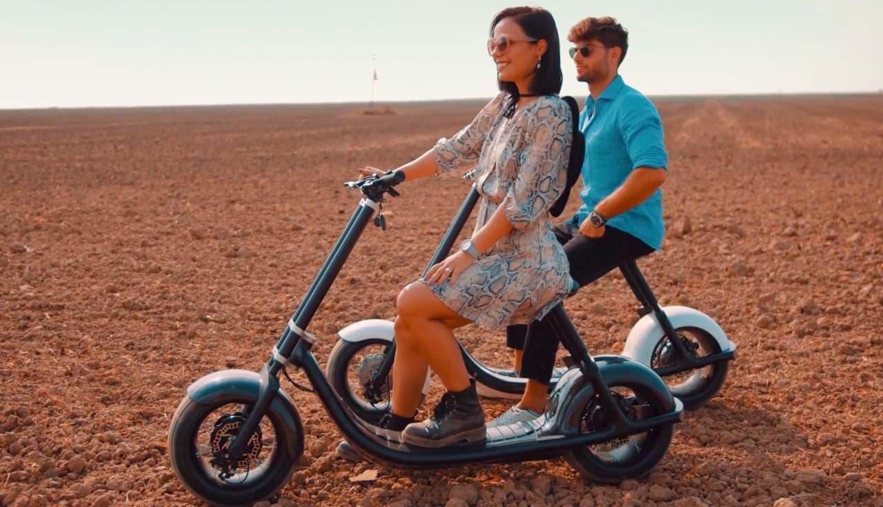 重さわずか31キロの電動スクーター!Scooterson「rolley 2」