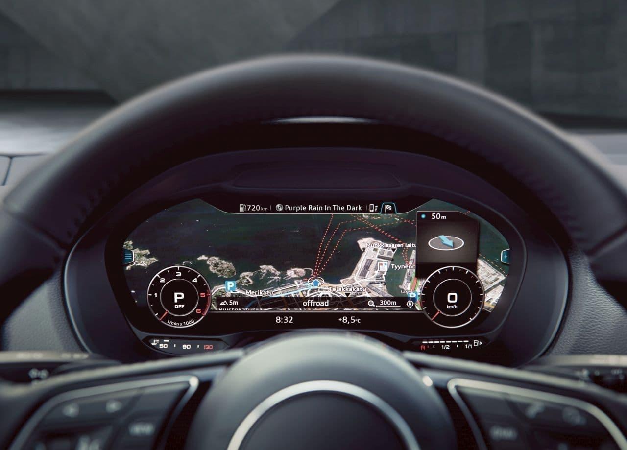 AudiからSUVらしいタフな「Q2 #contrast styling」