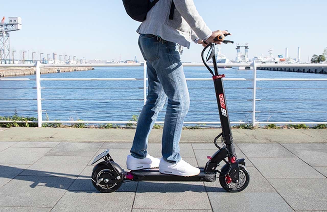 原付バイク扱いで公道を走れる電動キックボード「ZERO9」、予約販売開始
