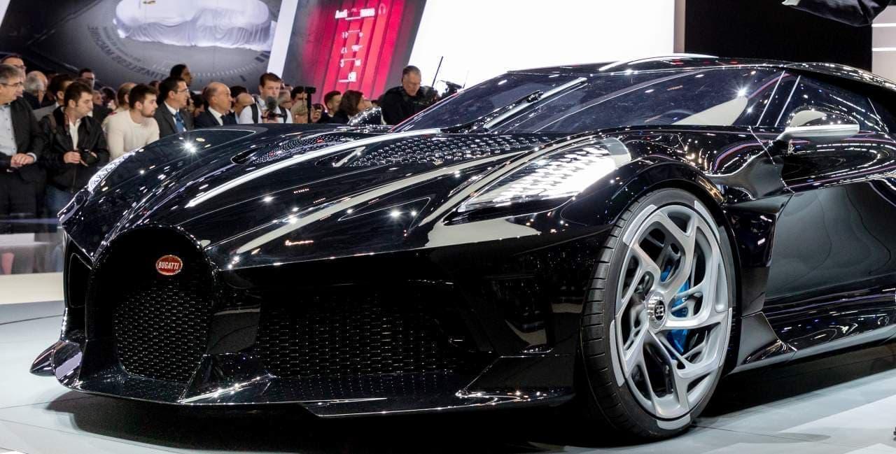 世界一高価な新車 ― ブガッティ設立110周年を祝う「La Voiture Noire(黒いクルマ)」