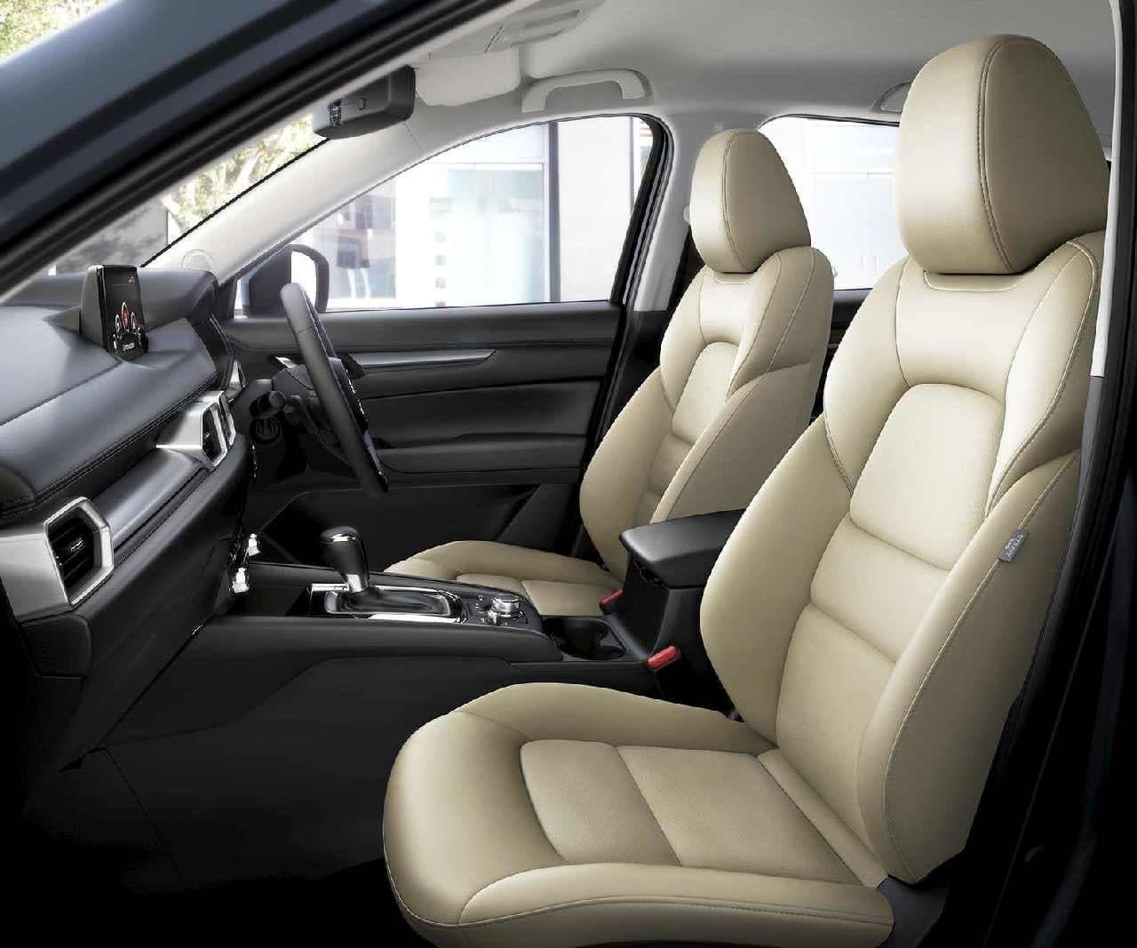 マツダのクロスオーバーSUV「MAZDA CX-5」2020年モデル ― 上品な内装の特別仕様車「Silk Beige Selection」も