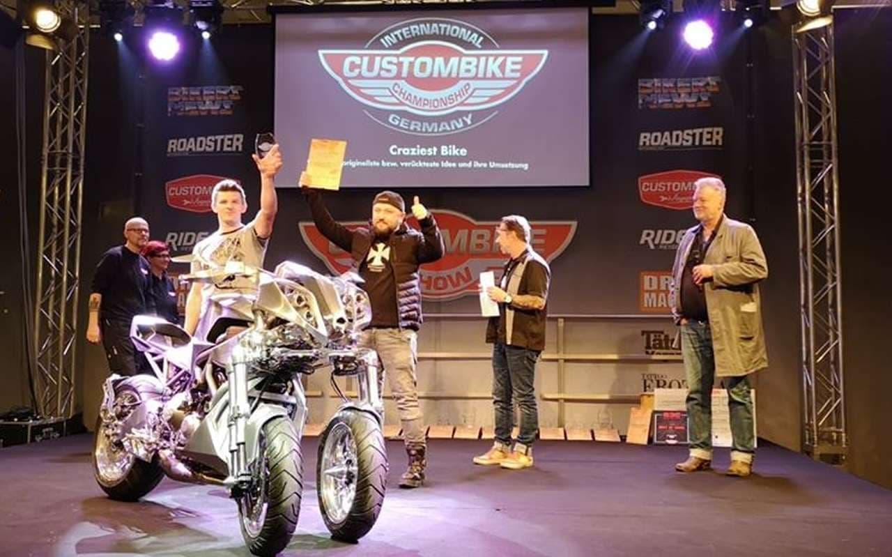 ヤマハ「NIKEN(ナイケン)」ベースのカスタムバイクが「Craziest Bike(もっともイカレたバイク)」に
