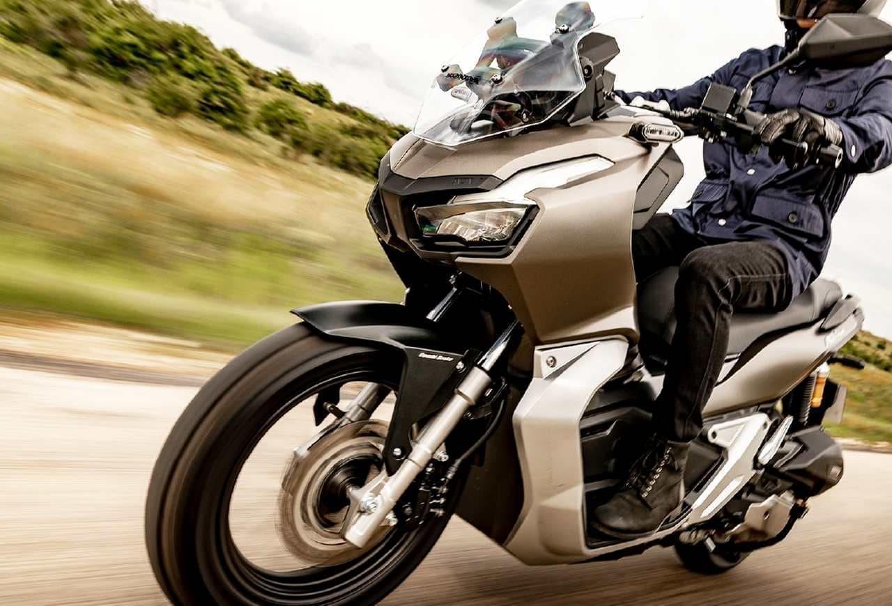 ホンダの新しいアドベンチャーバイク「ADV150」