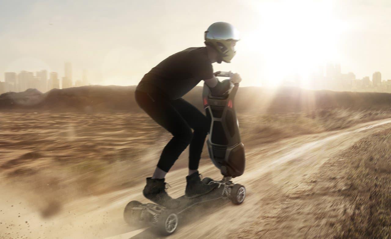 大人向けの電動キックスクーターD-Fly「Dragonfly Hyperscooter」―時速61キロで走れる