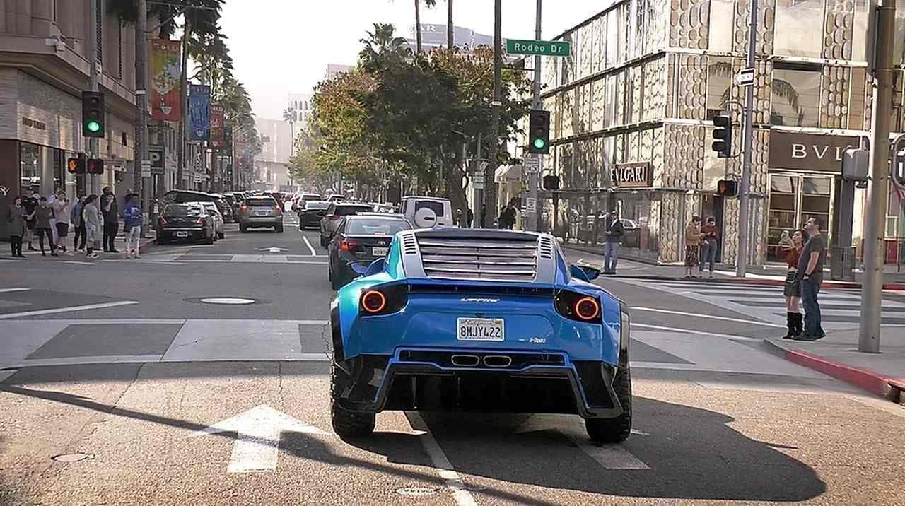 720馬力!砂漠のスーパーカーLaffite Supercars「X-ROAD」