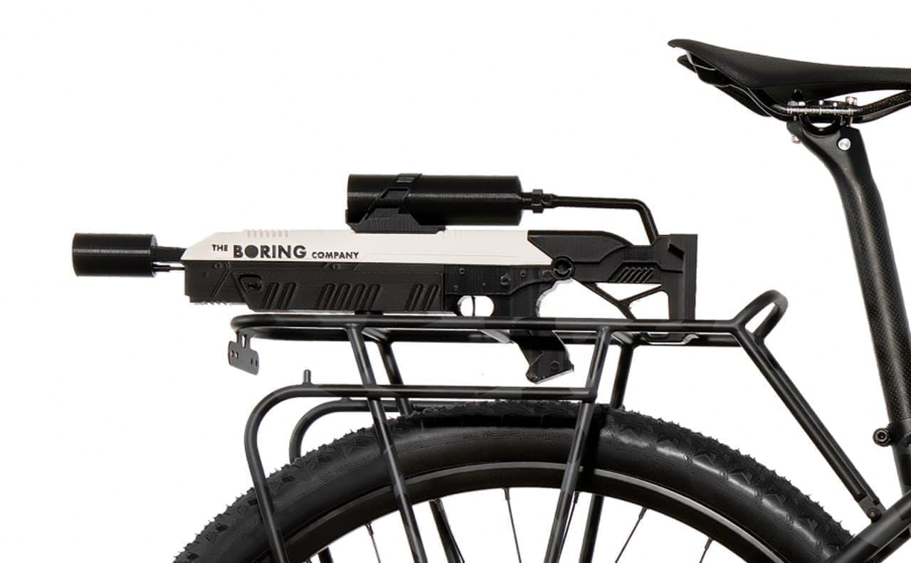 「火炎放射器じゃないやつ」を装備したE-Bike「Apocalypse(黙示録)」