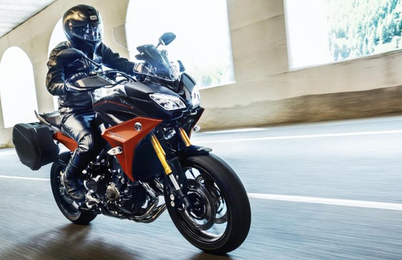 ヤマハのスポーツツーリングモデル「TRACER900 ABS」に新色