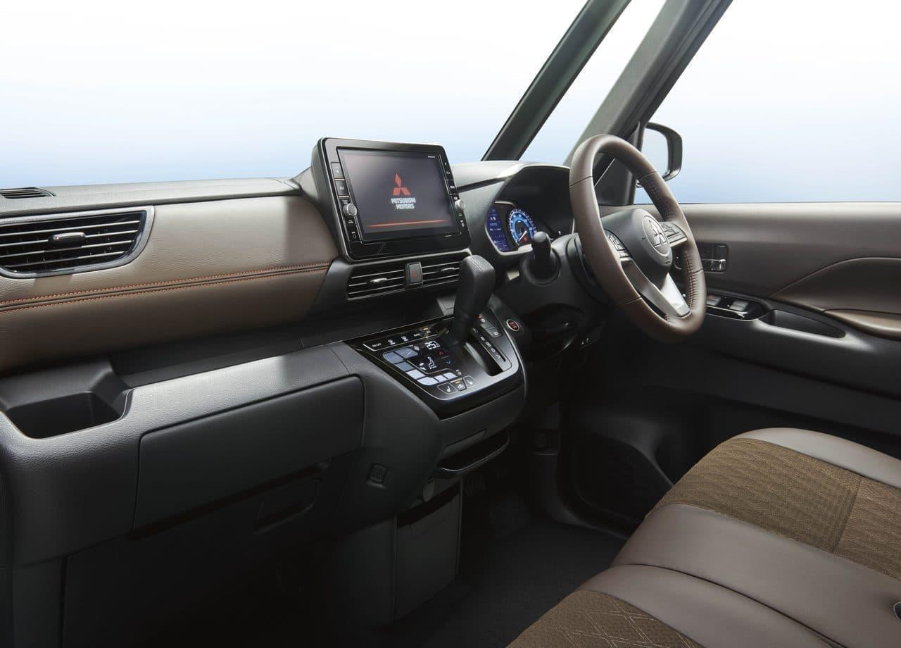 スーパーハイトな軽ワゴン三菱「eKクロス スペース」
