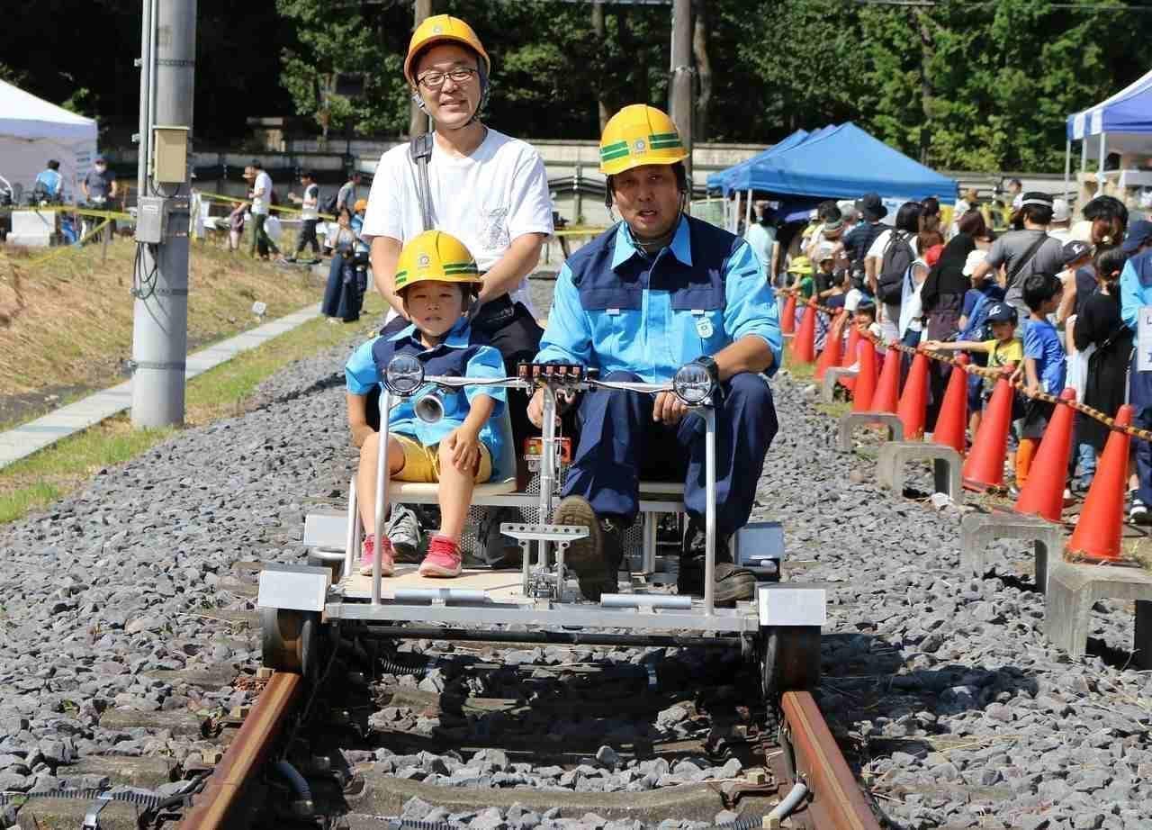 終電後のレール上を歩くツアー「正丸トンネルを歩こう!」3月28日開催