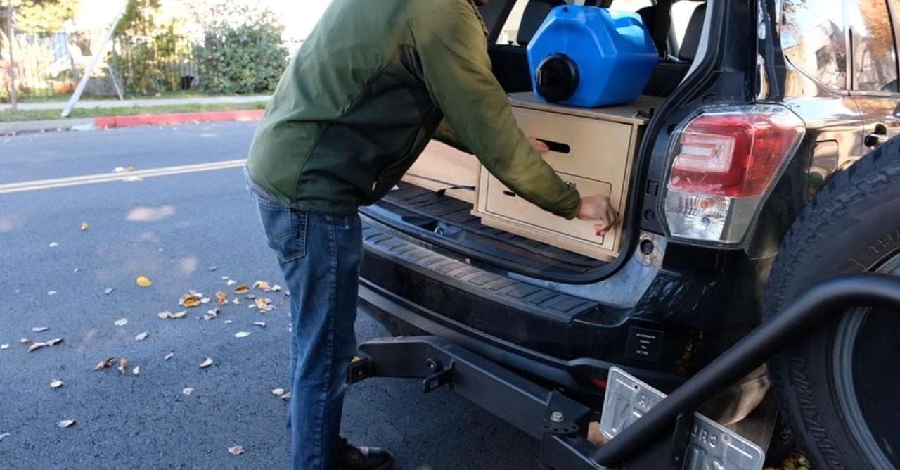 愛車をキャンピングカーにする「Nomad Kitchen」―トヨタRAV4やホンダCR-V、SUBARUフォレスタ―にも