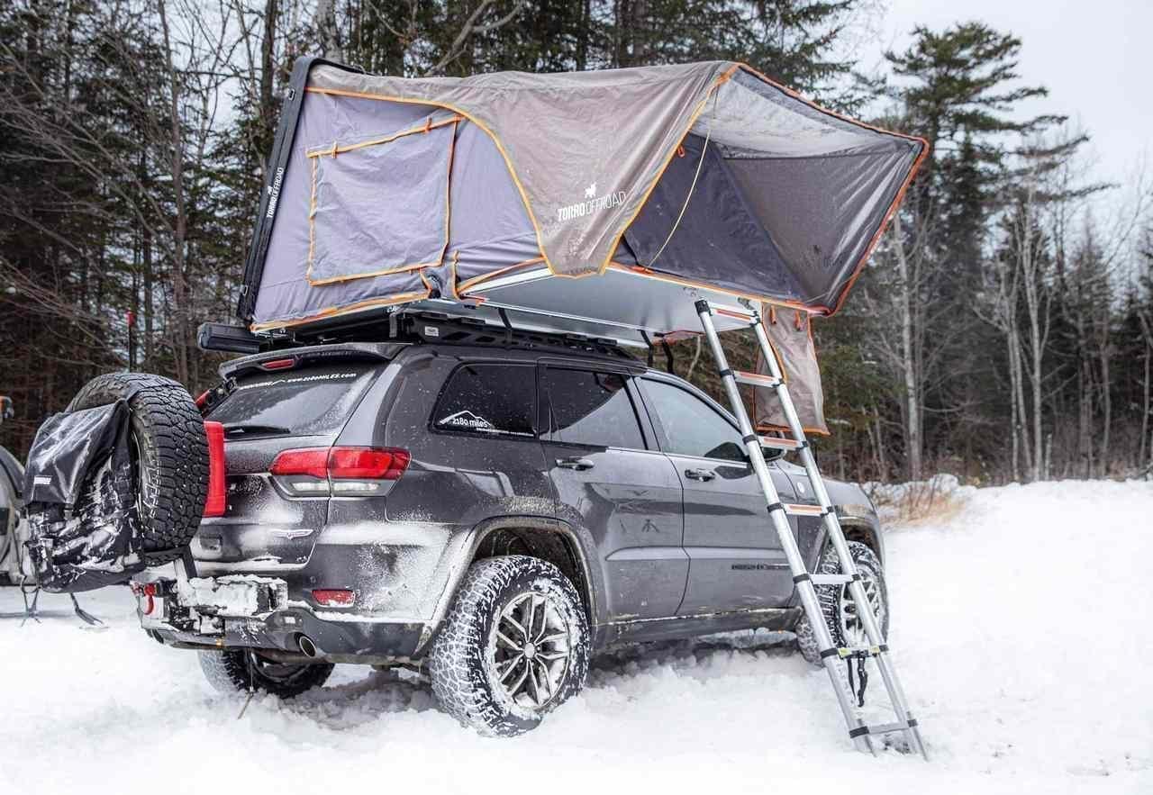 冬のオートキャンプに対応したルーフトップテント Torro Offroad「SkyLux」