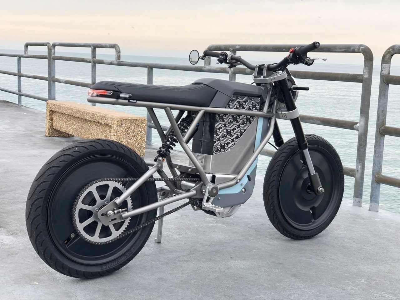 Cleveland CycleWerksの電動バイク「FALCON BLK」