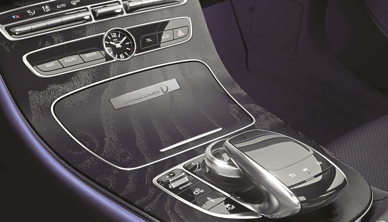 メルセデス・ベンツEクラスに特別仕様車「ローレウスエディション」