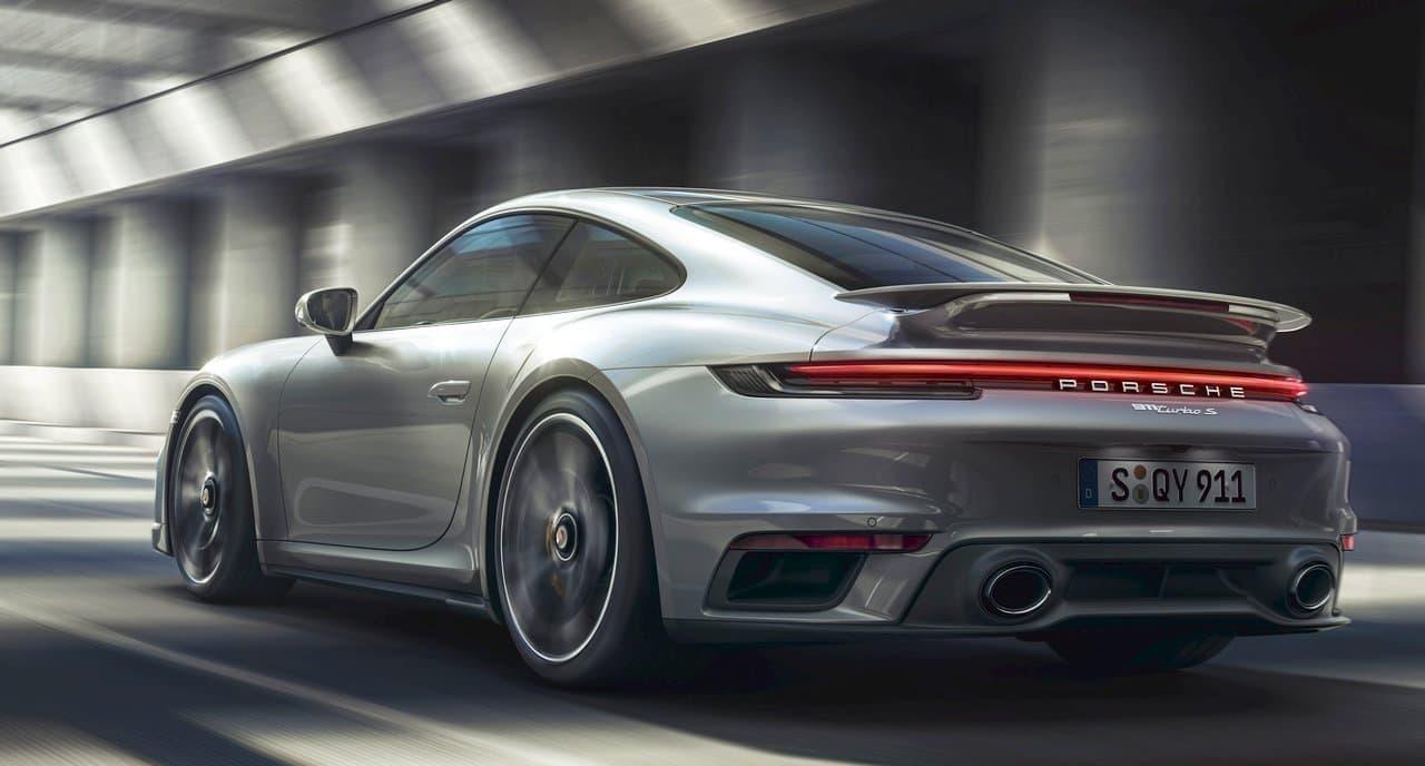 価格は2,892万円から ― ポルシェが新型「911ターボS」の予約受注を開始