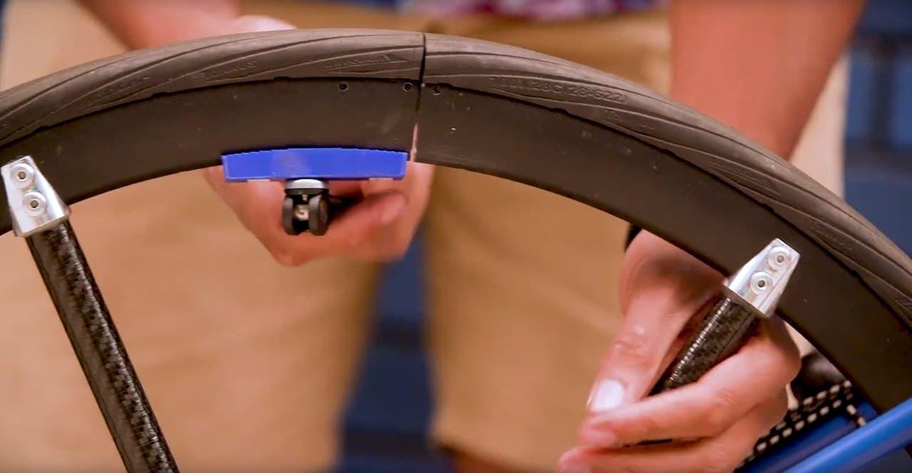 ホイールを折り畳める自転車「Tuck Bike」