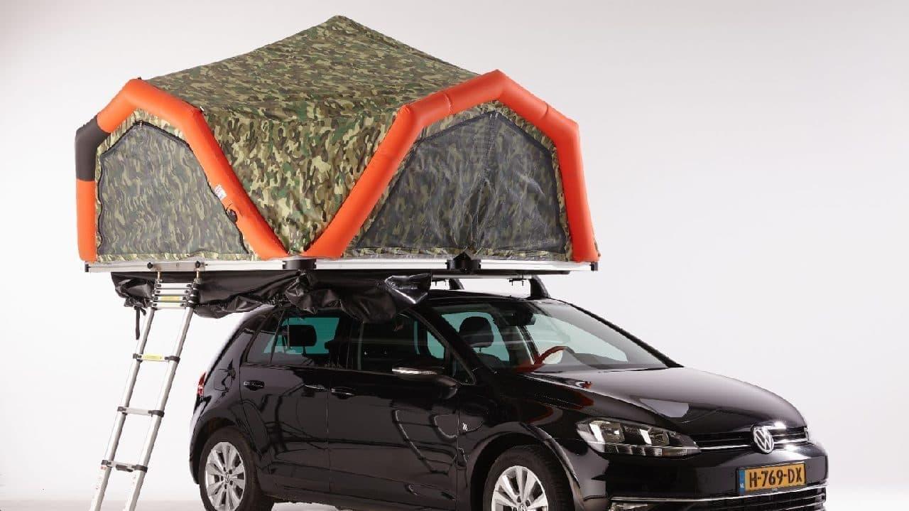 空気を入れるだけ! 3分で設営できるルーフトップテント「Fjordsen XL」