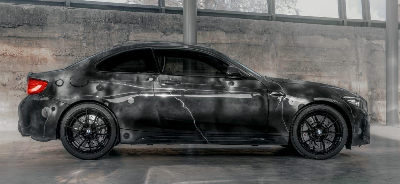 BMWと現代アーチストFUTURA 2000がコラボした限定車「BMW M2 EDITION DESINGED by FUTURA 2000」