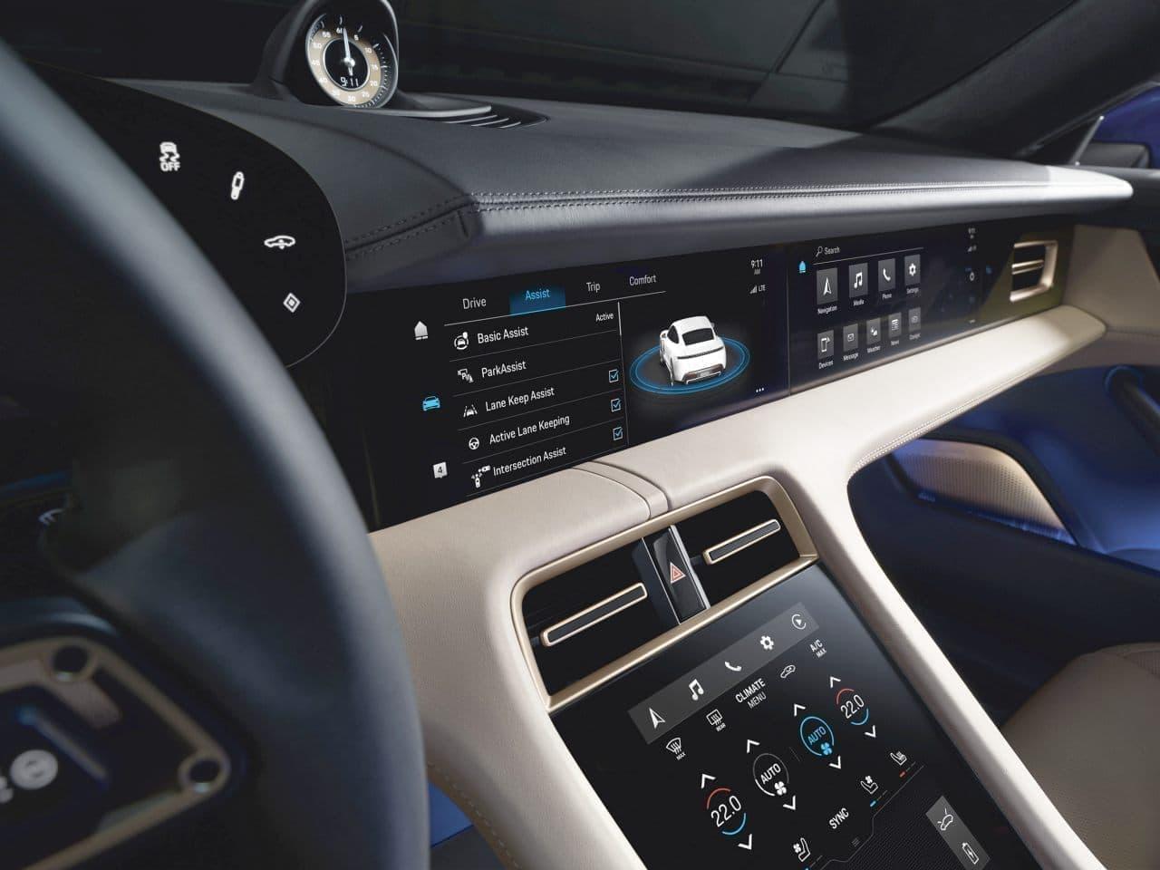 5分充電で100キロ走れる!驚異の電動スポーツカー ポルシェ「タイカン」価格発表