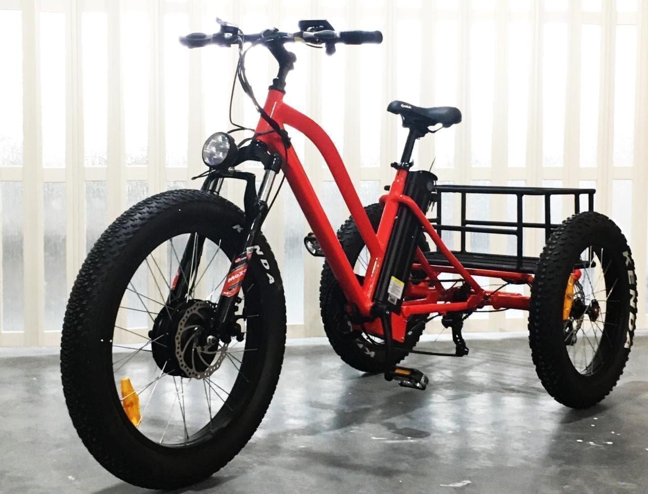 電動アシストカーゴバイク「i trike」先行予約販売開始