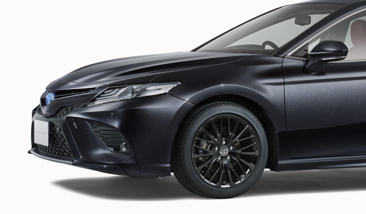 """トヨタ「カムリ」に誕生40周年を記念した特別仕様車WS""""Black Edition"""""""
