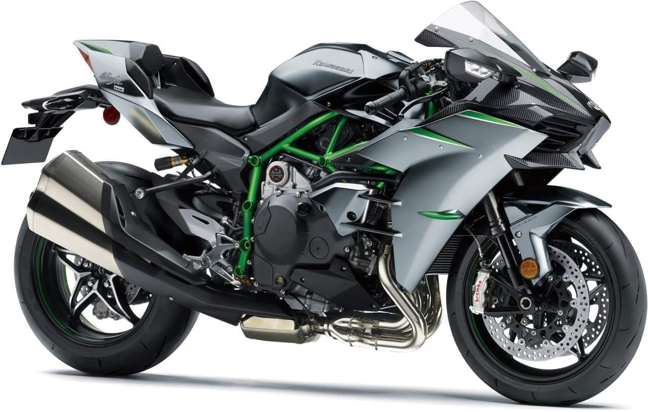 カワサキ ストリートモデル史上最大のエンジン出力を実現した「Ninja H2 CARBON」予約受付開始