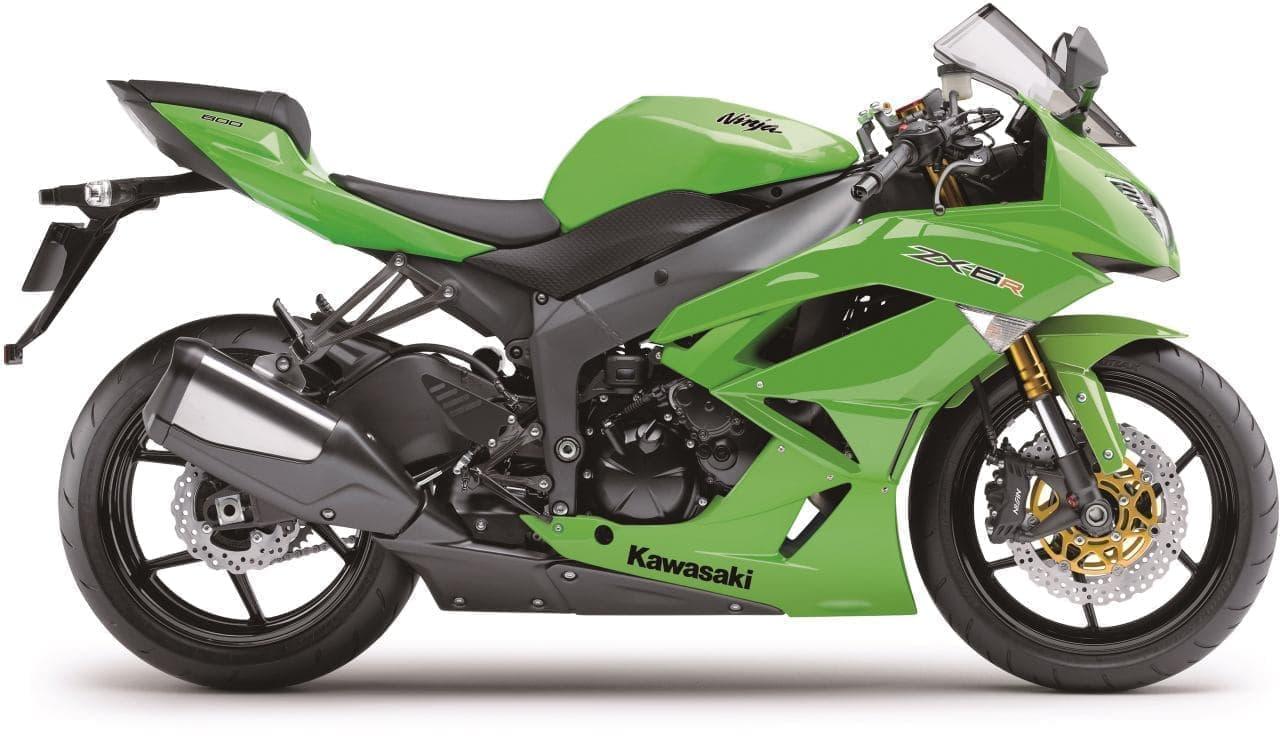カワサキ「Ninja ZX-6R」日本国内で特別販売 ― 高回転域での優れた性能と中回転域での豊かなトルクを両立するレース専用モデル