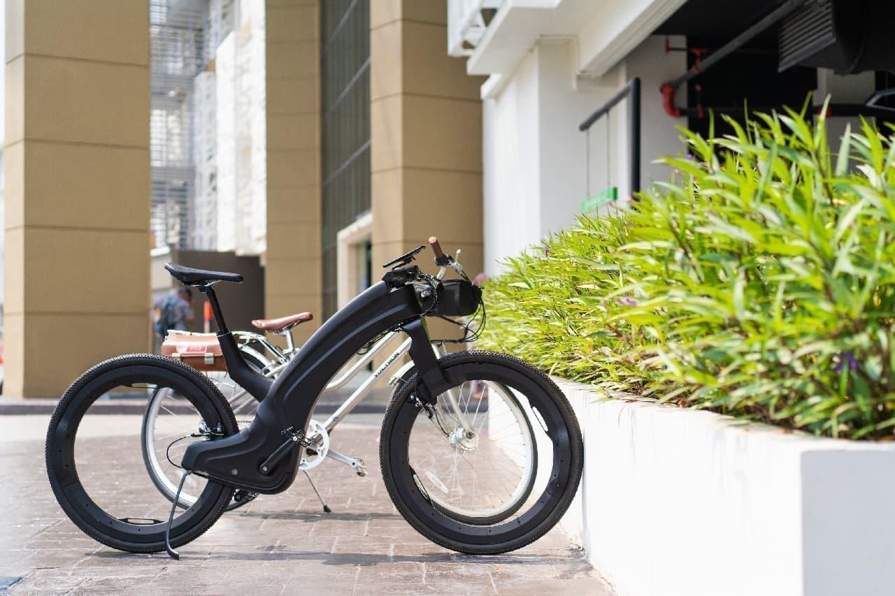 ハブレス、スポークレスの自転車「Reevo」