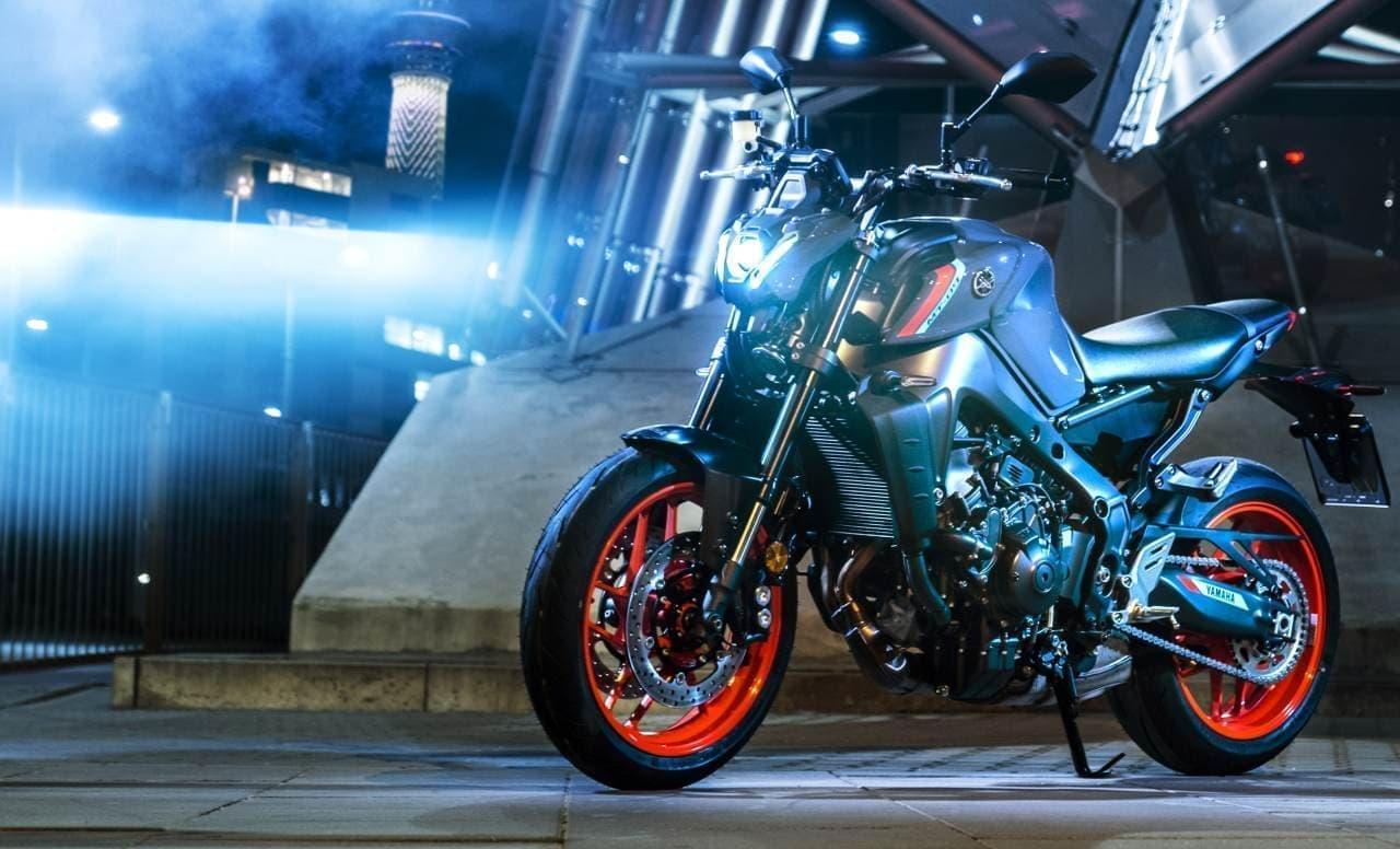 ヤマハ「MT-09 ABS」フルモデルチェンジ ― エンジン・フレームを刷新