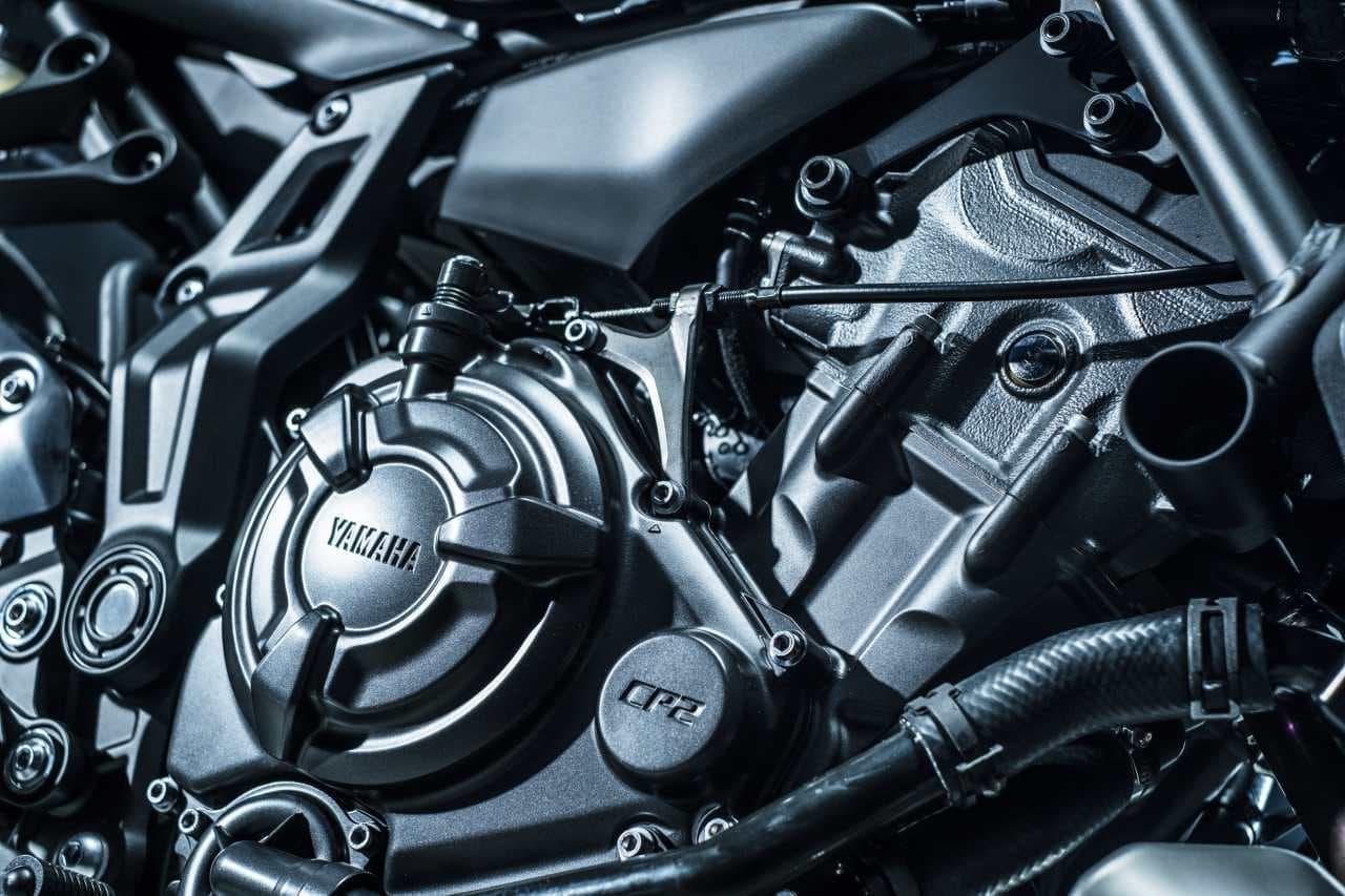 ヤマハ「MT-07 ABS」マイチェン ― フロントフェイスを含むスタイリングを刷新