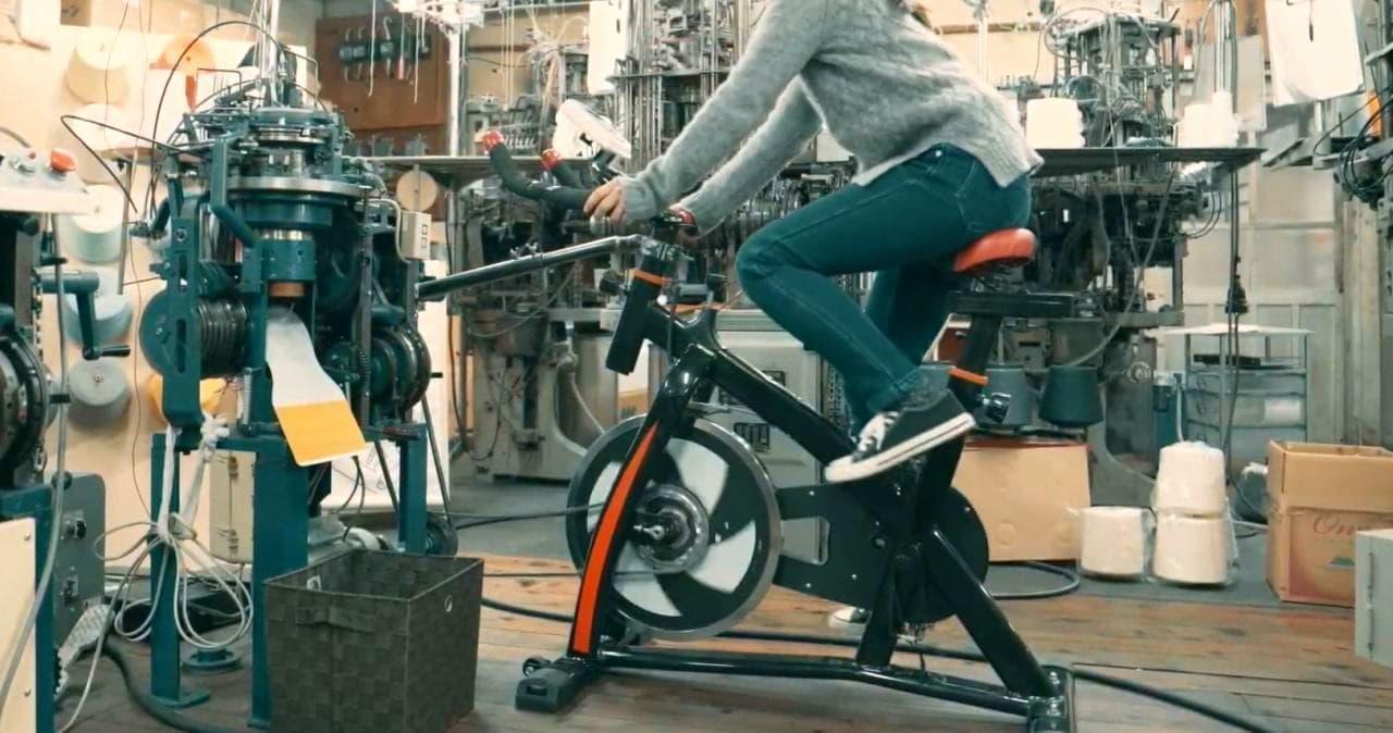 """自転車のペダルを漕いで靴下を編む!""""チャリックス""""が東急ハンズ心斎橋店に登場!"""
