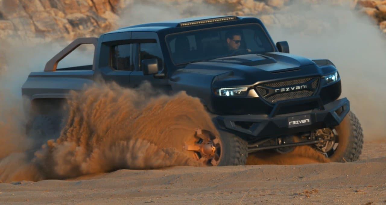 1,300馬力で高速に 6WDでどこにでも移動できる「ヘラクレス 6X6」