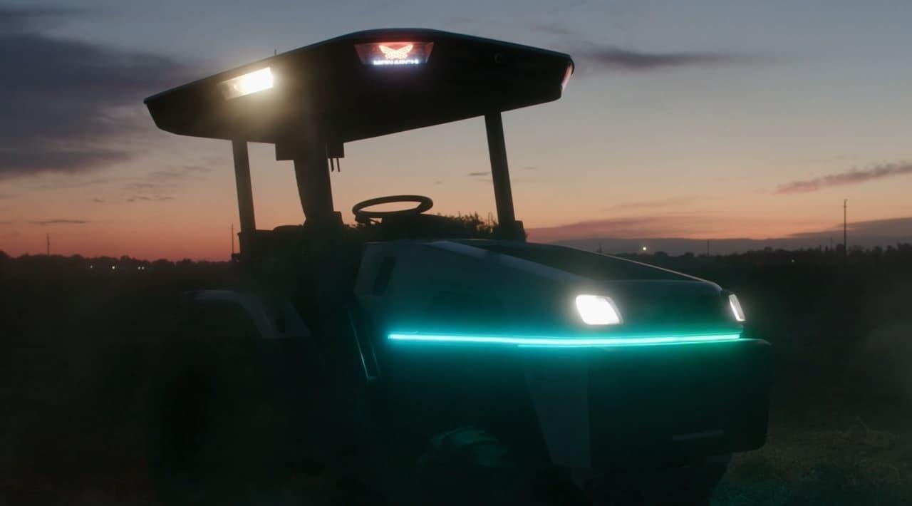 Monarch Tractorがスマートトラクターを発表