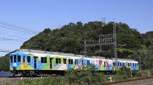 観光列車「つどい」  伊勢神宮から志摩地域までの周遊に便利で楽しい