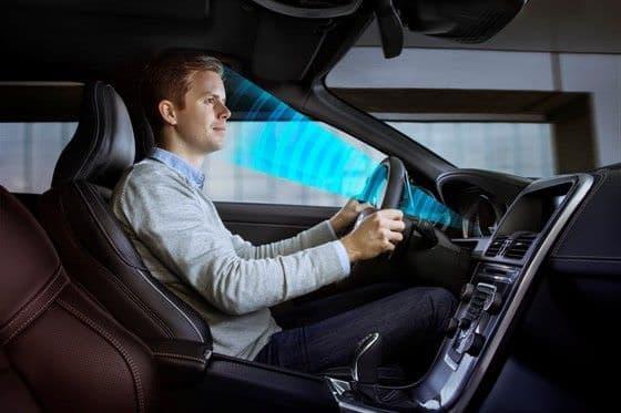 ドライバーの居眠りや注意不足を察知するカーセンサー   写真提供:Volvo Car