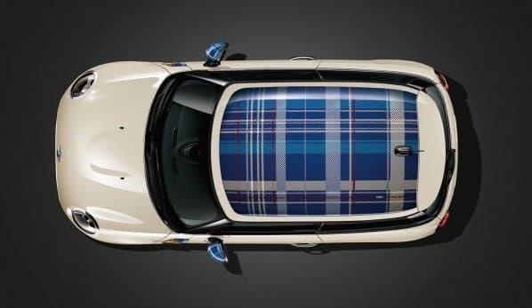 「MINI Cooper」の新デザインパッケージ「Speedwell Blue」装着車