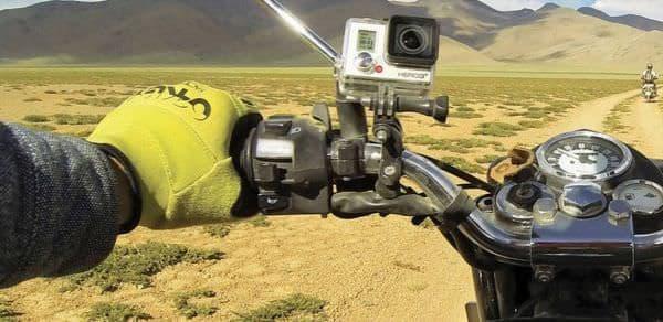GoPro を持って野へ出よう  (出典:GoPro)