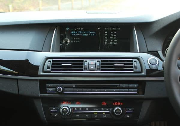 「BMW コネクテッド・ドライブ」ディスプレイ