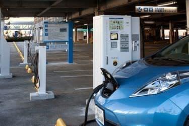 NEC、「イオンモール幕張新都心」で EV・PHV 充電クラウドサービスを開始