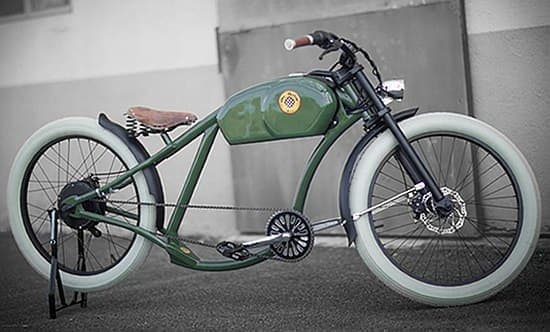 レトロなバイク風の電動自転車「OtoR」
