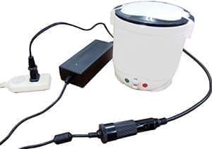 AC アダプターの付属する「タケルくん Premium Set」  電圧を100ボルトから12ボルトにわざわざ下げて炊飯する  本末転倒?
