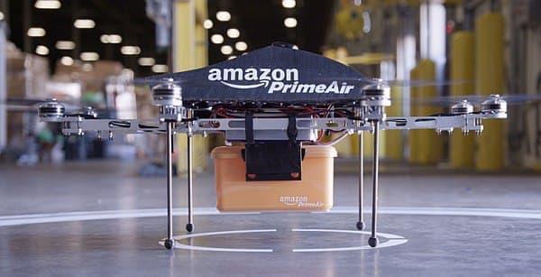 Amazon Prime Air では、注文から30分以内に商品を届けることを目指す