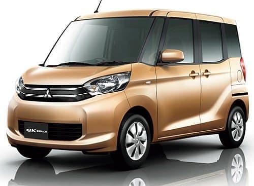 三菱自動車の新型軽自動車「eK スペース」