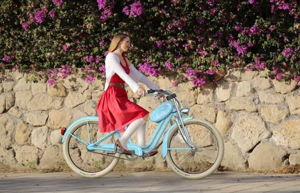 「アメリ」は、ファッションにこだわる女性のための自転車
