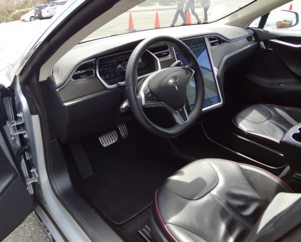 『テスラモデル S』は、所有欲を満足させる自動車
