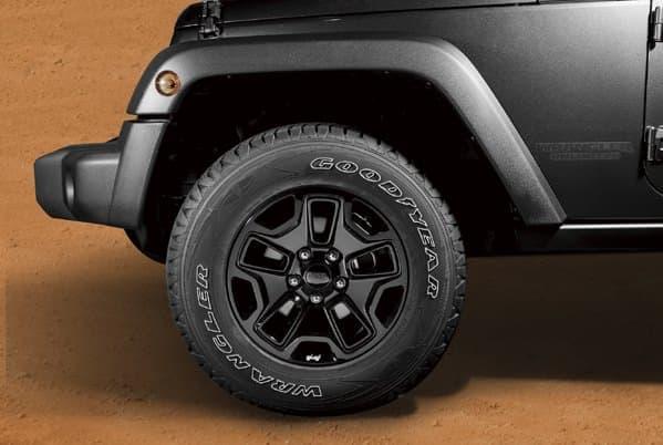 限定車のベースとなったのは、「Jeep Wrangler Unlimited Sport」