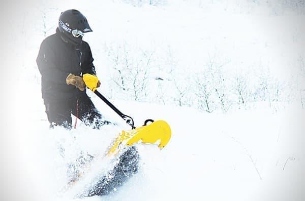 新雪の上でもガンガン走行可能!